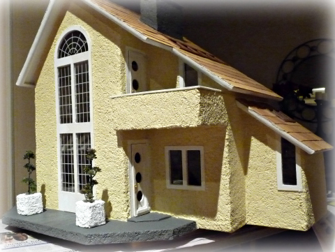yellow dollhouse custom